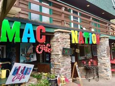 Located near Morrison in the small community of Indian Hills and the oh-so delicious Mac Nation Cafe; a small restaurant that specializes in killer mac and cheese and other types of comfort food.