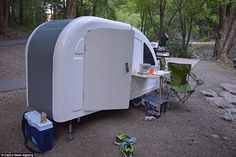Company creates mini two-person Wide Path Camper that can be pulled by a BIKE Mini Caravan, Camper Caravan, Trailer Plans, Bike Trailer, Bicycle Holiday, Home Shelter, Sleeping Pods, Velo Vintage, Tiny Camper