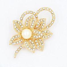 Imitation Pearl Flower Brooch