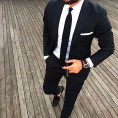 Un classic pour sa tenue de marié #look #marié #homme #mariage #wedding…