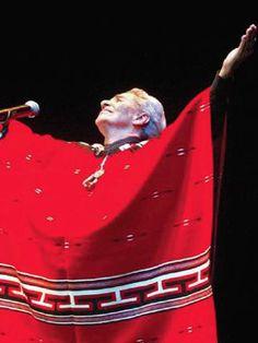 Um filme de Catherine Gund. A cantora mexicana Chavela Vargas ganhou os palcos internacionais. Independente, ela ousou se vestir, falar, cantar e sonhar da sua forma, como uma mulher lésbica. O documentário traz uma entrevista de Chavela nunca vist... Illusions, Cinema, Movies, Singers, Shape, Woman, 2016 Movies, Chavela Vargas, Interview
