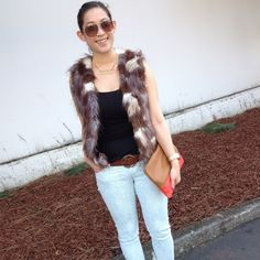 BB Dakota Fur Vest Faux fur vest with pockets. Such a fun piece for layering, I just don't incorporate it into my wardrobe anymore. Wore this on many occasions! ❤️no trades BB Dakota Jackets & Coats Vests