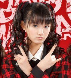BABYMETAL - Suzuka Nakamoto (Su-metal)