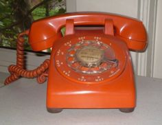 Google Image Result for http://www.devicepedia.com/wp-content/uploads/2008/02/rotary-phone.JPG