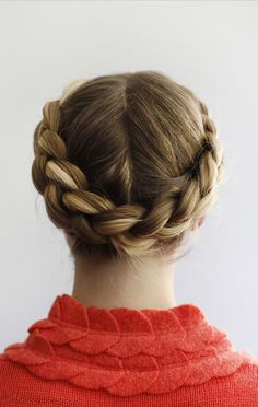 50 Hair Tutorials & How To's To Inspire You! The halo braid!