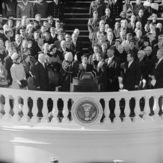 Celebrate Barack Obama's inauguration with trivia, facts and easy activities for kids about presidential inaugurations in history Presidential Inauguration, John Fitzgerald, John Kennedy, Ethel Kennedy, National Archives, World History, History Major, Jfk