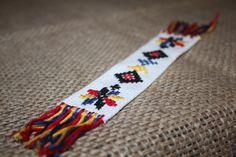 Semn de carte cusut cu motive tradiționaleCod produs: Sdc.2Produsul se execută la comandă.Preț: 20 lei Hand Embroidery Designs, Lei, Traditional, Places, Model, Cross Stitch, Dots, Embroidery, Atelier