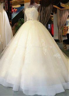 Attractive Tulle Bateau Neckline Ball Gown Wedding Dresses With Lace Appliques
