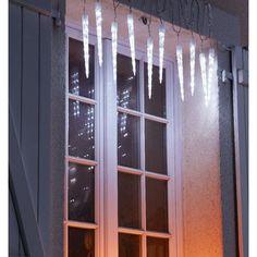 Déco de Noël extérieur : 20 idées lumineuses pour le jardin et la façade - Côté Maison Ideas Para, Windows, Curtains, Christmas, Decorating Ideas, Home Decor, Xmas, Entry Stairs, Blinds