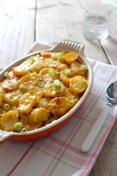 Italiaanse Ovenschotel met Aardappel, prei, courgette, tomatenpuree en gehakt.