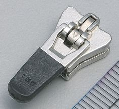 395822f5899 8 Best Zippers images in 2016 | Door hinges, Lightning, Zipper pulls