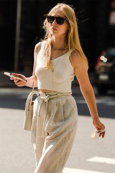 Street Style Is Back, Baby! New York Fashion Week Street Style, Stylish Sunglasses, Pattern Mixing, Mixing Prints, Lady Dior, Carolina Herrera, Get Dressed, Front Row, Everyday Fashion