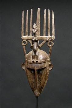Mask, N´tomo, Segou region, Mali