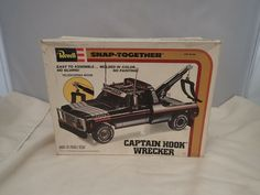 1979 CAPTAIN HOOK WRECKER REVELL 1:25 SCALE SKILL 2 VINTAGE PLASTIC MODEL KIT #Revell