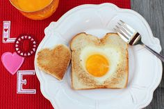 Cuparoons: Heart-Shaped Eggs and Toast