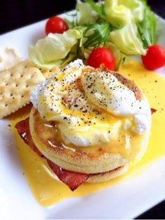 とろ〜り卵が美味しい!旦那大絶賛の話題のエッグベネディクト!お家で簡単カフェメニュー♡ワンプレートで朝食やブランチにも♡