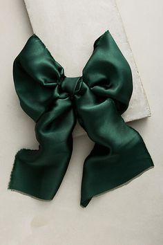 Silk Bow Comb
