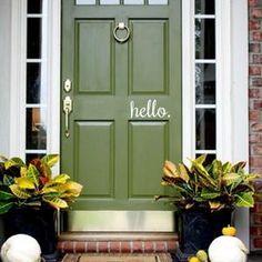 Exterior Door Colors, Front Door Paint Colors, Painted Front Doors, House Paint Exterior, Exterior Doors, Green Front Doors, Bright Front Doors, Weatherboard House, House Front Door