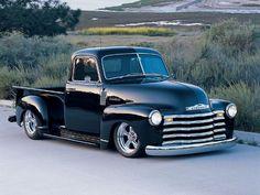 Low ridin' Chevy Pick Up Truck 54 Chevy Truck, Chevrolet Trucks, Gmc Trucks, Cool Trucks, Diesel Trucks, 1955 Chevrolet, Lifted Trucks, 1955 Chevy, Chevrolet Silverado