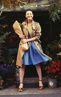 "The fashion magazine ""Domani"" for refined married women. 2013.   Model /Kurara Chibana ."
