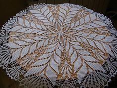 Home Decor Crochet Patterns Part 172 - Beautiful Crochet Patterns and Knitting Patterns Crochet Tablecloth Pattern, Crochet Doily Rug, Crochet Placemats, Crochet Doily Diagram, Crochet Carpet, Crochet Doily Patterns, Crochet Round, Thread Crochet, Knitting Patterns