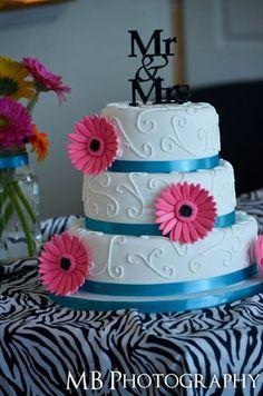 "wedding cake with ""mr. & mrs."" cake topper | Wedding photography"