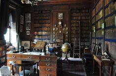 Erddig Hall Library (Wrexham, Wales)