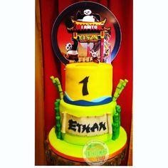 "33 Me gusta, 3 comentarios - Dolça Pop (@dolcapop) en Instagram: ""Pedidos y Cotizaciones ☎ 6222-1447 #dulcespanama #dulces507 #dulcespty #galletasdecoradas…"" Cake, Desserts, Instagram, Food, Decorated Cookies, Sweets, Tailgate Desserts, Deserts, Kuchen"