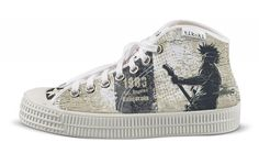 tenisky shocking johnny tikoki Converse Chuck Taylor High, Converse High, High Top Sneakers, Chuck Taylors High Top, Designer Shoes, High Tops, Cool Designs, Style, Fashion