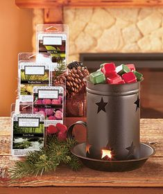 Enjoy the classic charm of the Country Star Warmerand Winter Scents. The large metal Tart Warmer has a rusted dark finish and a handle for a vintage look.