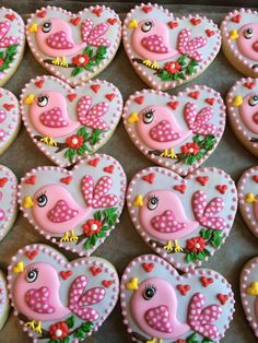 Sweet birdy cookies, too good to eat Bird Cookies, Fancy Cookies, Heart Cookies, Cute Cookies, Easter Cookies, Cupcake Cookies, Sugar Cookies, Flower Cookies, Bolacha Cookies