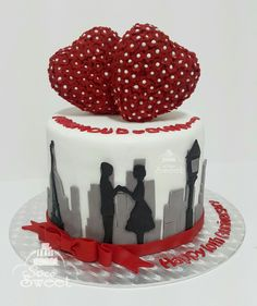 Anniversary cake Valentines day cake Love cake