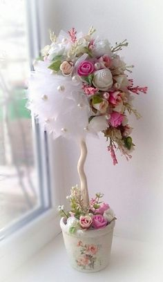 Discover thousands of images about Pink & White Floral Centerpieces: could be done white and red Flower Crafts, Diy Flowers, Fabric Flowers, Paper Flowers, Floral Centerpieces, Wedding Centerpieces, Floral Arrangements, Wedding Decorations, Topiary Centerpieces