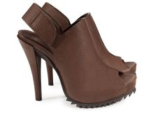 Pedro Garcia Paulette Pebble Leather Slingback Sawtooth Sandal 37.5 Brown 7.5 #PedroGarcia #Slingbacks #WeartoWork
