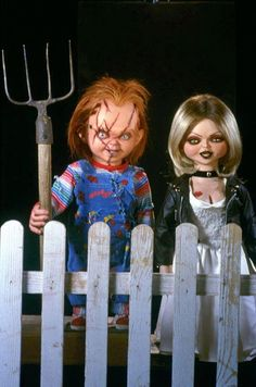 Chucky And His Bride, Tiffany Bride Of Chucky, Chucky And Tiffany Dolls, Chucky And Tiffany Costume, Chucky Movies, Chucky Horror Movie, Chucky Costume, Bride Costume, Horror Posters