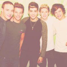 Liam Payne - Louis Tomlinson - Zayn Malik - Niall Horan - Harry Styles. ♥
