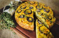 Květák 3x jinak! Tyhle recepty zaručeně neznáte: pečený, v kuličkách i v koláči - Proženy Salmon Burgers, Vegetable Pizza, Zucchini, Vegetables, Ethnic Recipes, Food, Essen, Vegetable Recipes, Meals