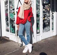 35 trendy and fashionable hijab style for teens casual hijab outfit, ootd hijab, hijab Street Hijab Fashion, Muslim Fashion, Modest Fashion, Fashion Outfits, Casual Hijab Outfit, Hijab Chic, Ootd Hijab, Hijab Dress, Hijabs
