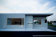 戸建てカフェ。店舗デザイン;名古屋 スーパーボギー http://www.bogey.co.jp
