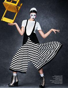 Carnival Couture Editorials - The La Pierette Joyeuse Vogue Netherlands Image Series is Circus-Chic (GALLERY)