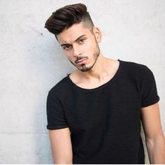 157 viral haircuts men should definitely page 42 - New Site Mens Hairstyles Fade, Trendy Mens Haircuts, Oval Face Hairstyles, Men's Hairstyles, Beard Styles For Men, Hair And Beard Styles, Curly Hair Styles, Growing Out Short Hair Styles, Medium Hair Styles