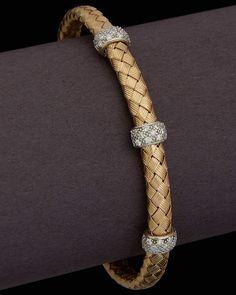 Brilliance for your shine. Gold Bangles Design, Gold Jewellery Design, Fancy Jewellery, Gold Jewelry Simple, Bracelet Designs, Fashion Jewelry, Diamond Bracelets, Bauble, Lockets