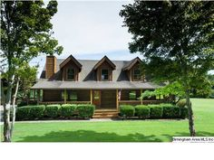 Log cabin style home 6 bedroom
