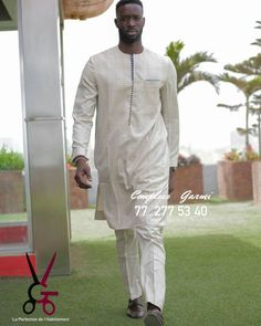 African Men Fashion, African Wear, Mens Fashion, I Dress, Chef Jackets, Dressing, How To Wear, Outfits, Clothes