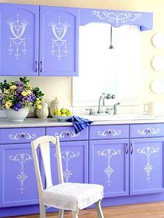 Lavender kitchen cabinets, minus the design Kitchen Furniture, Furniture Decor, Painted Furniture, Kitchen Decor, Kitchen Design, Wooden Kitchen, Purple Kitchen Cabinets, Kitchen Colors, Periwinkle