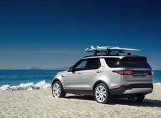 2018-land-rover-discovery-02.jpg - Truck Trend Network Staff