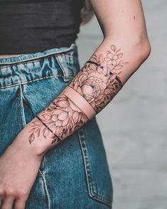 Lower Arm Tattoos, Arm Sleeve Tattoos, Sleeve Tattoos For Women, Forearm Tattoos, Body Art Tattoos, Hand Tattoos, Cool Tattoos, Woman Arm Tattoos, Women Sleeve