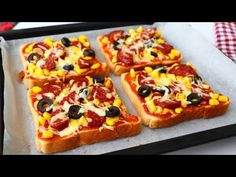 Ne vedd meg, csináld magad otthon 5 perc alatt / Eredeti pizza íze / Nagyon finom - YouTube Easy Snacks, Easy Meals, Panini Sandwiches, Flatbread Pizza, Homemade Cheese, Le Diner, Bread And Pastries, Spicy Recipes, Empanadas