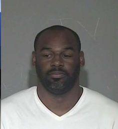 McNabb: Former NFL quarterback Donovan McNabb arrested on suspicion of DUI in Gilbert.