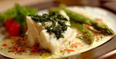 Skrei (torsk) med pesto og asparges
